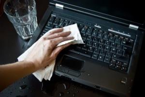 naprawa po zalaniu laptopa Ursynów